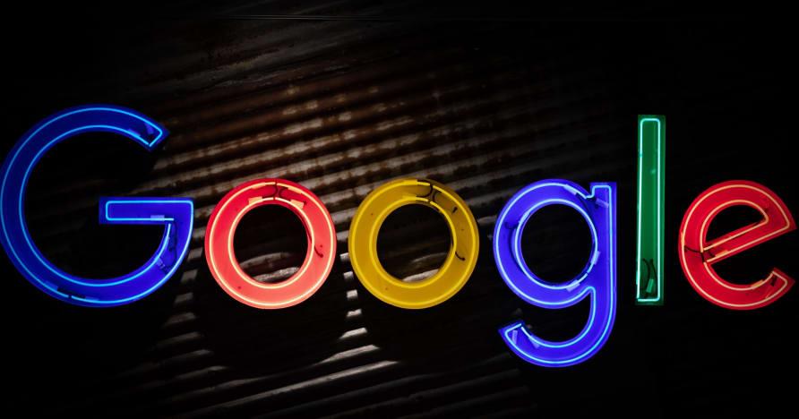Obchod Google Play sa chystá distribuovať aplikácie o hazardné hry o skutočné peniaze