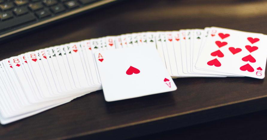 Je hranie živého kasína novým štandardom?